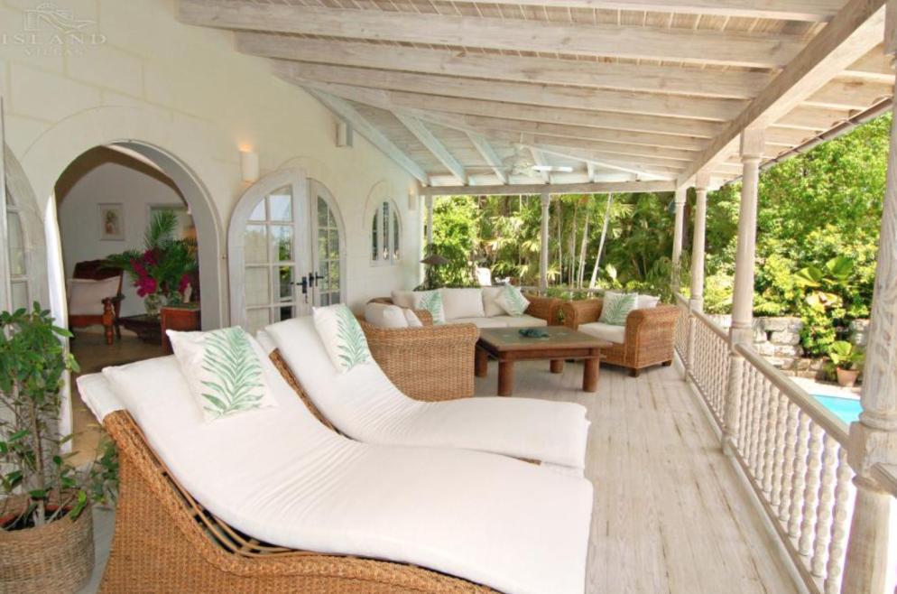 sandy lane beach, holiday villa Barbados